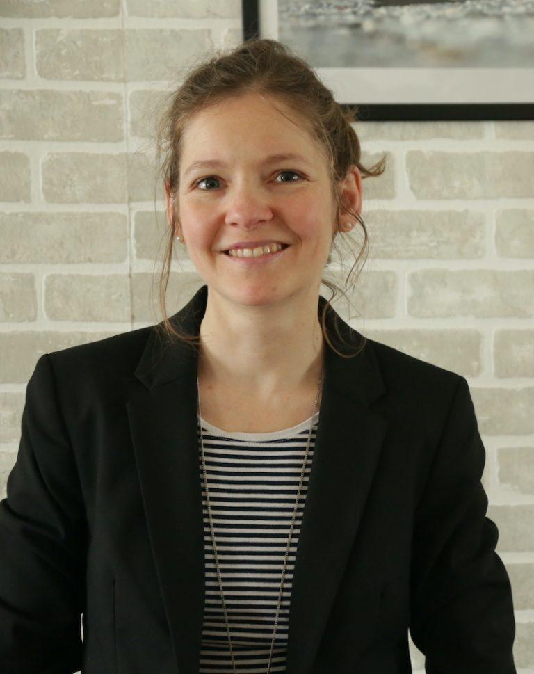 Deborah Lafont propose des services de révision et de traduction